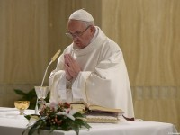 Pope's Morning Homily: No to Double Lives!