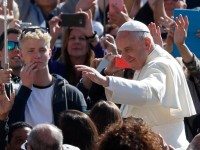 Nothing can keep God from seeking those who stray, pope says