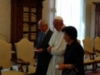 Pope Meets President of Singapore