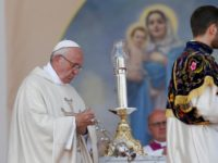 Be known for your love, pope tells people of Armenia