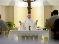 Pope's Morning Homily: To Say 'This or Nothing' Is Heretic