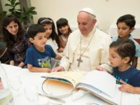 Checking in: Pope invites Syrian refugees to lunch