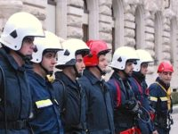 Pope Sends Vatican Firefighters, Police to Quake Sites
