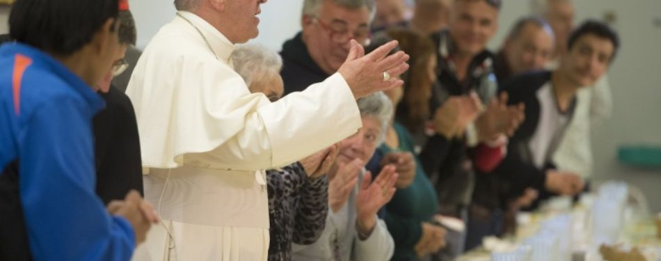 Thanks to Francis, Pizza Lunch to 1500 Poor, Needy After Mother Teresa Canonization Mass