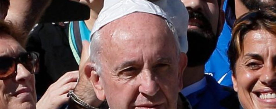Pope: Churchs mission is to attract people to Christ, not proselytize