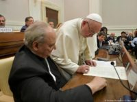 Promote Life By Protecting, Sharing Clean Water, Pope Says