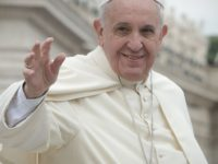 """Francis Appeals for an """"End to the Causes of Forced Migrations"""""""