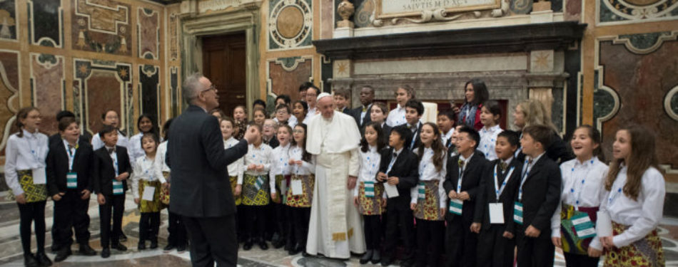 Pope's Address to Artists of 'Christmas in the Vatican' Concert
