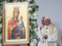 Christians first mission is to witness that God is love, pope says