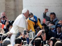 Catholic minorities can still change the world, pope says at audience