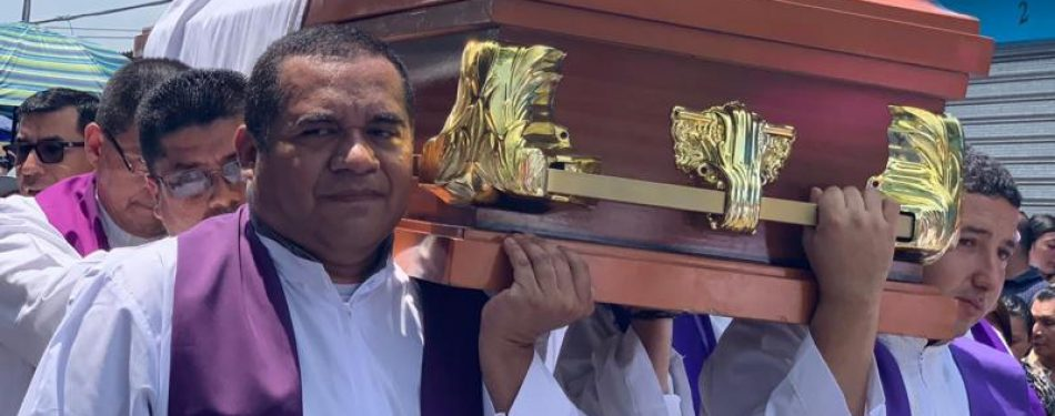El Salvador lays to rest another priest presumably assassinated by gangs