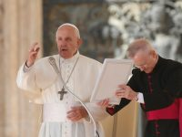 The Christian battle is against evil, not people, pope says