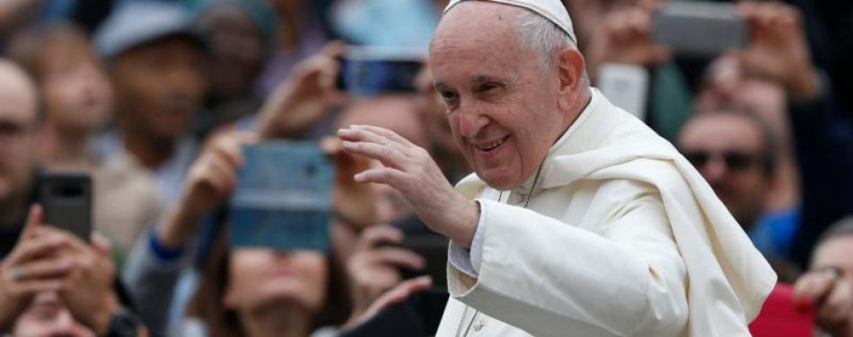 Holy Spirit guides church efforts to evangelize, pope says at audience