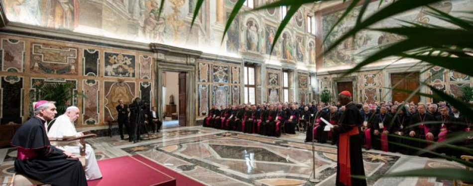 In war, human dignity must be protected, pope tells military chaplains