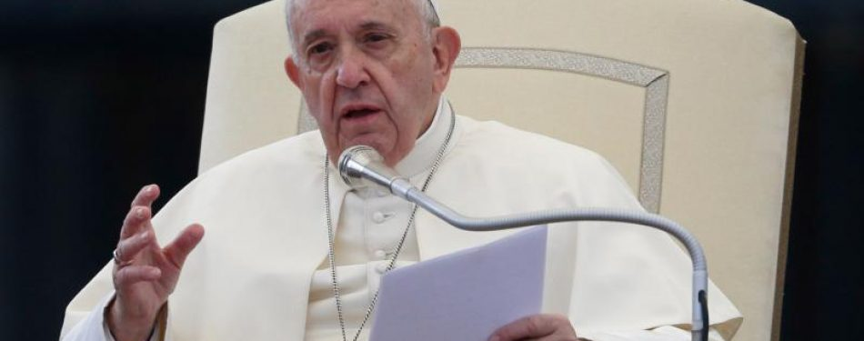 Pope denounces increasing violence against Jewish people