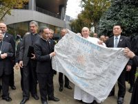 Pope ends Japan trip with visit to Jesuit university