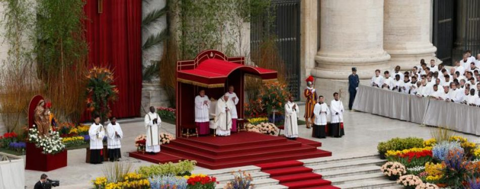 Vatican issues decree for Holy Week liturgies with pandemic restrictions