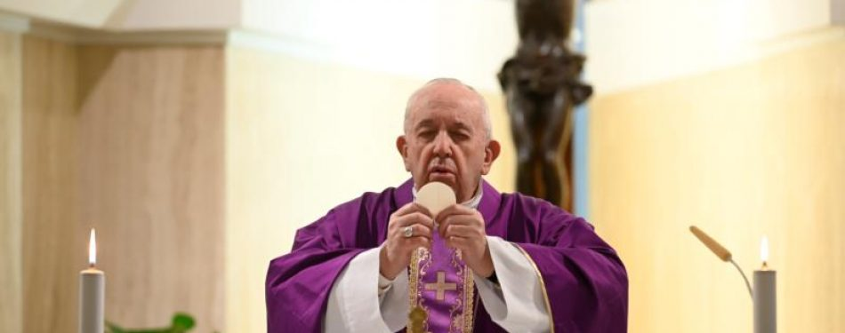 Reports: Official living in same residence as pope is positive for COVID-19