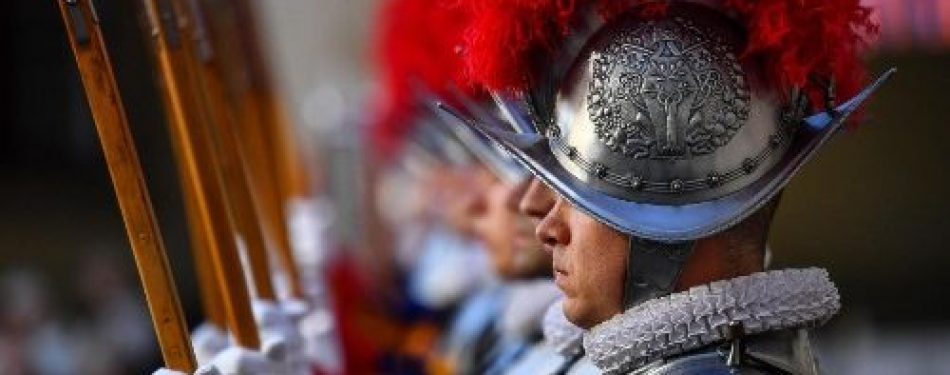 Pope Francis greets new Swiss Guard recruits