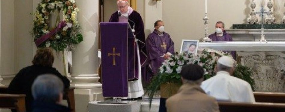 Personal Doctor To Pope Francis Dies Of Covid