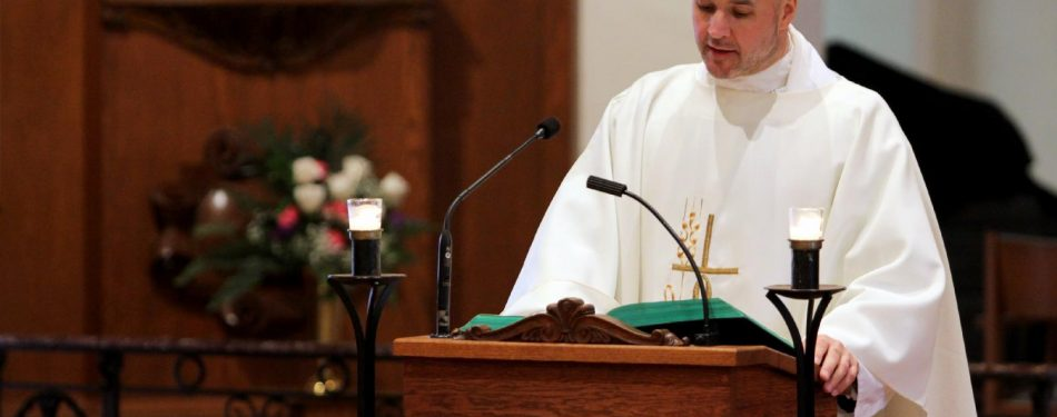 Facing death, priest turns his farewell into teachable moment