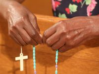 Washington cardinal leads worldwide rosary for end to COVID-19 pandemic
